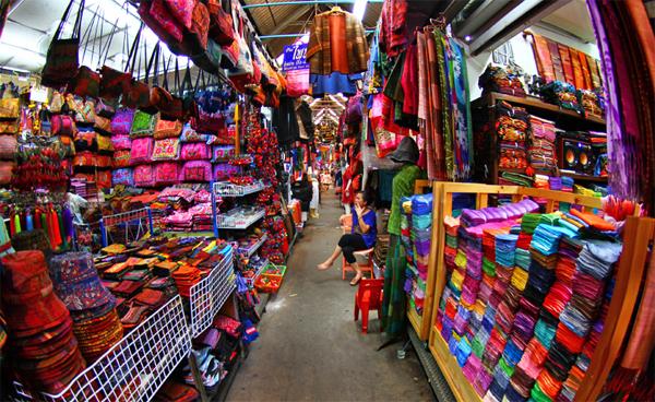 Kinh nghiệm lấy hàng quần áo Quảng Châu giá sỉ bạn nên biết