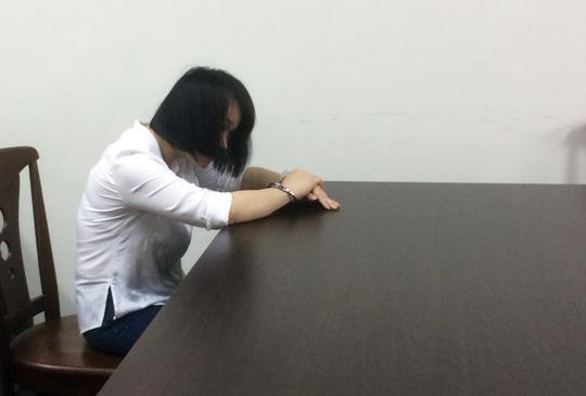Mẹ lộ chuyện ngoại tình, con gái 2 tuổi bị chết oan
