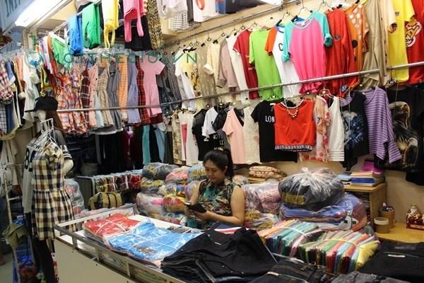 mặt hàng giá sỉ quần áo