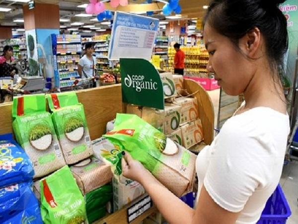 Hàng Việt sắp khuyến mại
