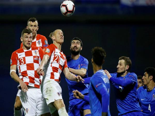 Croatia vượt qua đối thủ yếu Azerbaijan một cách rất khó khăn