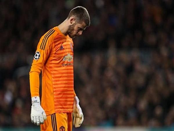 De Gea bị so sánh với Karius vì mắc sai lầm với Messi