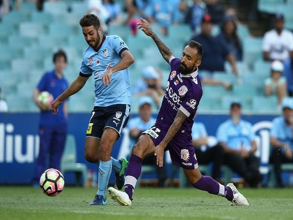 Dự đoán Perth Glory vs Western Sydney Wanderers 18h30 7/8