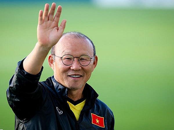 Bóng đá Việt Nam chiều 25/5: HLV Park Hang Seo quan tâm trò cưng