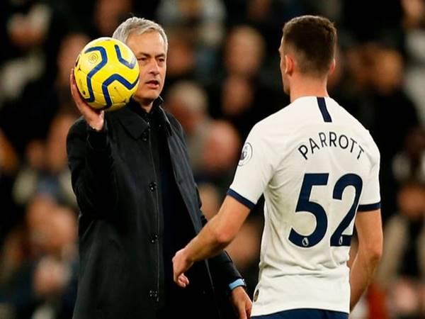 HLV Mourinho không dùng đến Parrott thì nên để cậu ấy ra đi