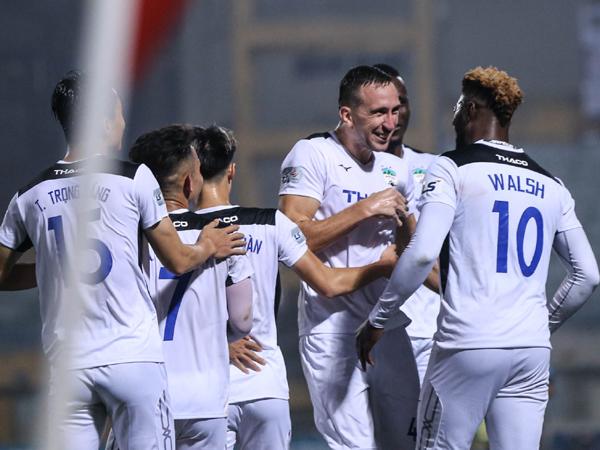 Bóng đá Việt Nam chiều 9/6: BLV Quang Tùng chỉ ra điểm yếu của HAGL