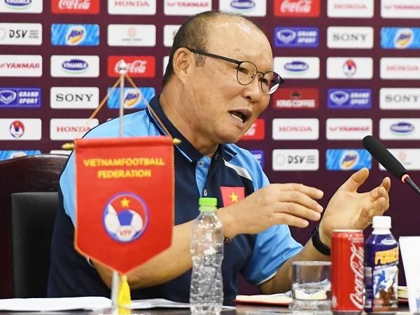 Bóng đá Việt Nam sáng 19/8: HLV Park sẵn sàng hợp tác với tân GĐKT VFF