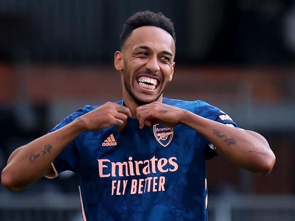 Tin Arsenal 16/9: Aubameyang chính thức ở lại