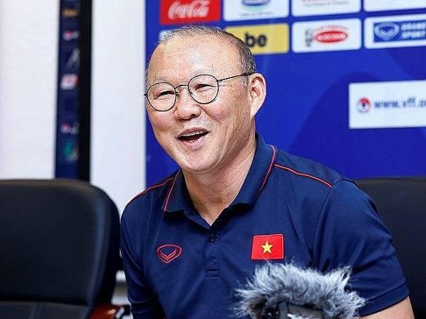 Bóng đá Việt Nam sáng 3/3: HLV Park lên tiếng về tương lai tại Việt Nam