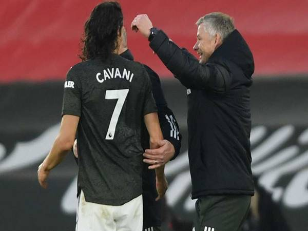 Tin bóng đá ngày 1/4: MU thuyết phục Cavani ở lại