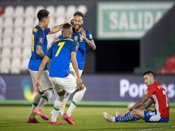 Neymar lại ghi bàn ở vòng loại World Cup 2022