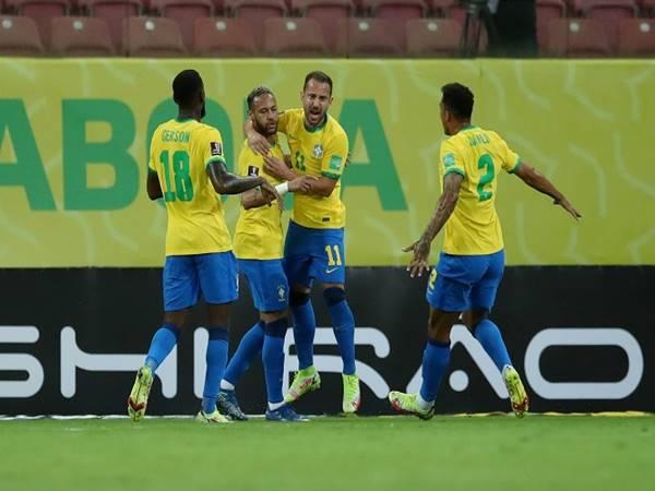 Bóng đá QT tối 10/9: Neymar trở thành vua phá lưới của Brazil